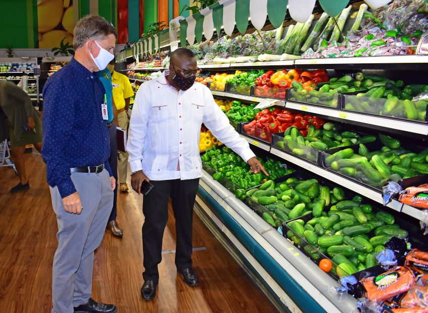 Commerce Minister Satisfied With Retailers