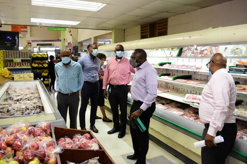 Smaller Retailers Urged To Form A Cooperative