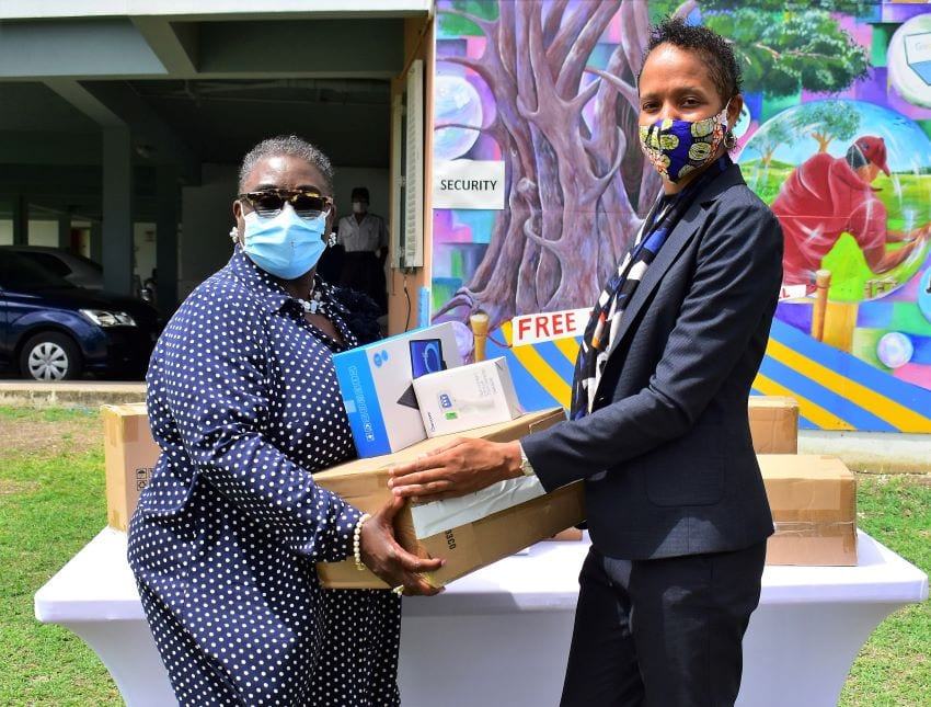 'BajUNs' Give Back; Make Donation To Education Ministry