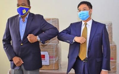 Chinese Donate Another Batch Of Medical Supplies