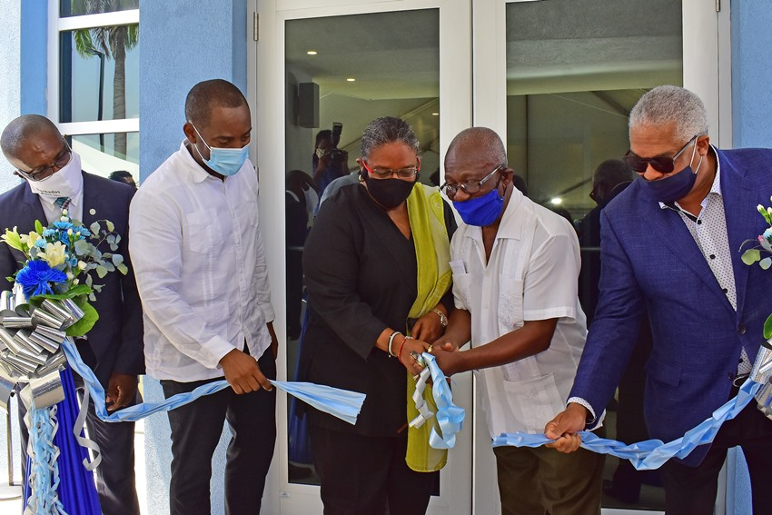 Statement By Prime Minister Mia Amor Mottley On Ross University School Of Medicine's Relocating To Barbados