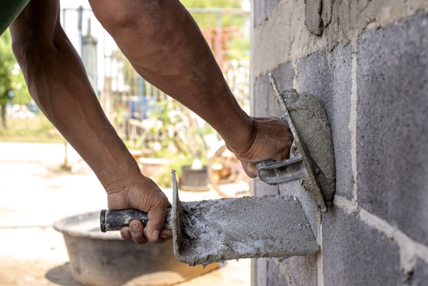 Construction Sites Must Have Sanitary Facilities