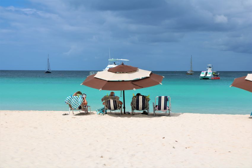 Beach Vendors Urged To Be Cautious
