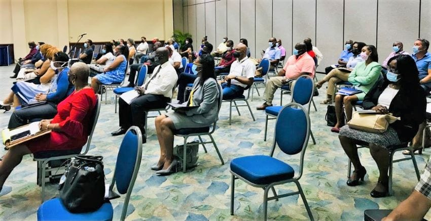 Tourism Minister Meets With Industry Stakeholders