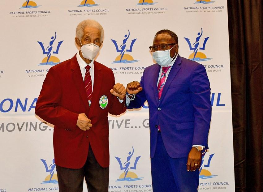Sir Garfield Sobers Receives A Lifetime Achievement Award