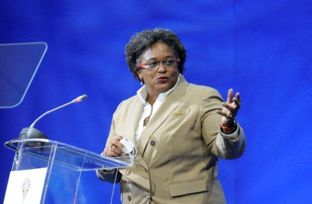 Prime Minister: Need To Bridge The Digital Divide